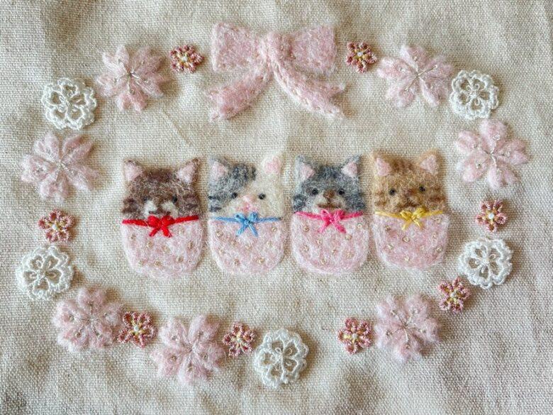 3種類の桜の花の刺繍