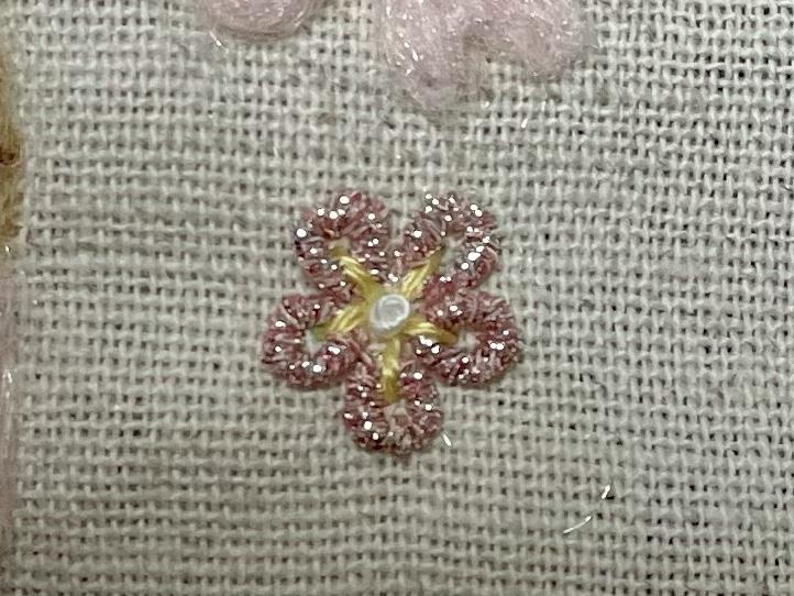 バリオンローズステッチの花