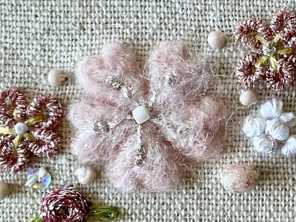 羊毛フェルトの桜